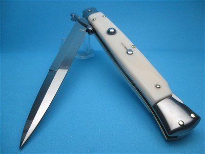 """Frank Beltrame 11"""" Imit. Ivory Bayonet Swinguard"""