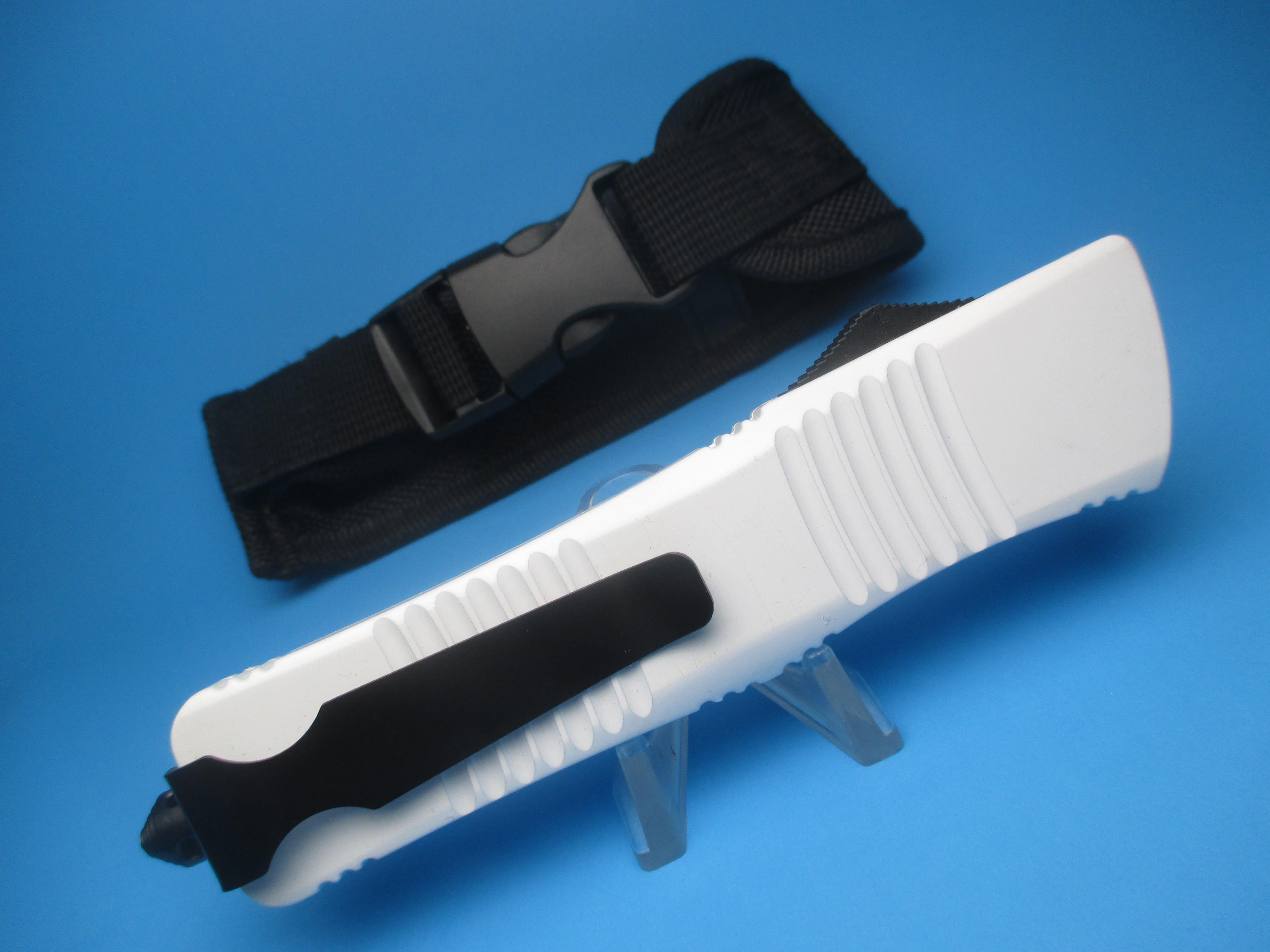 White Rattler OTF W/ Double-Edge Blade
