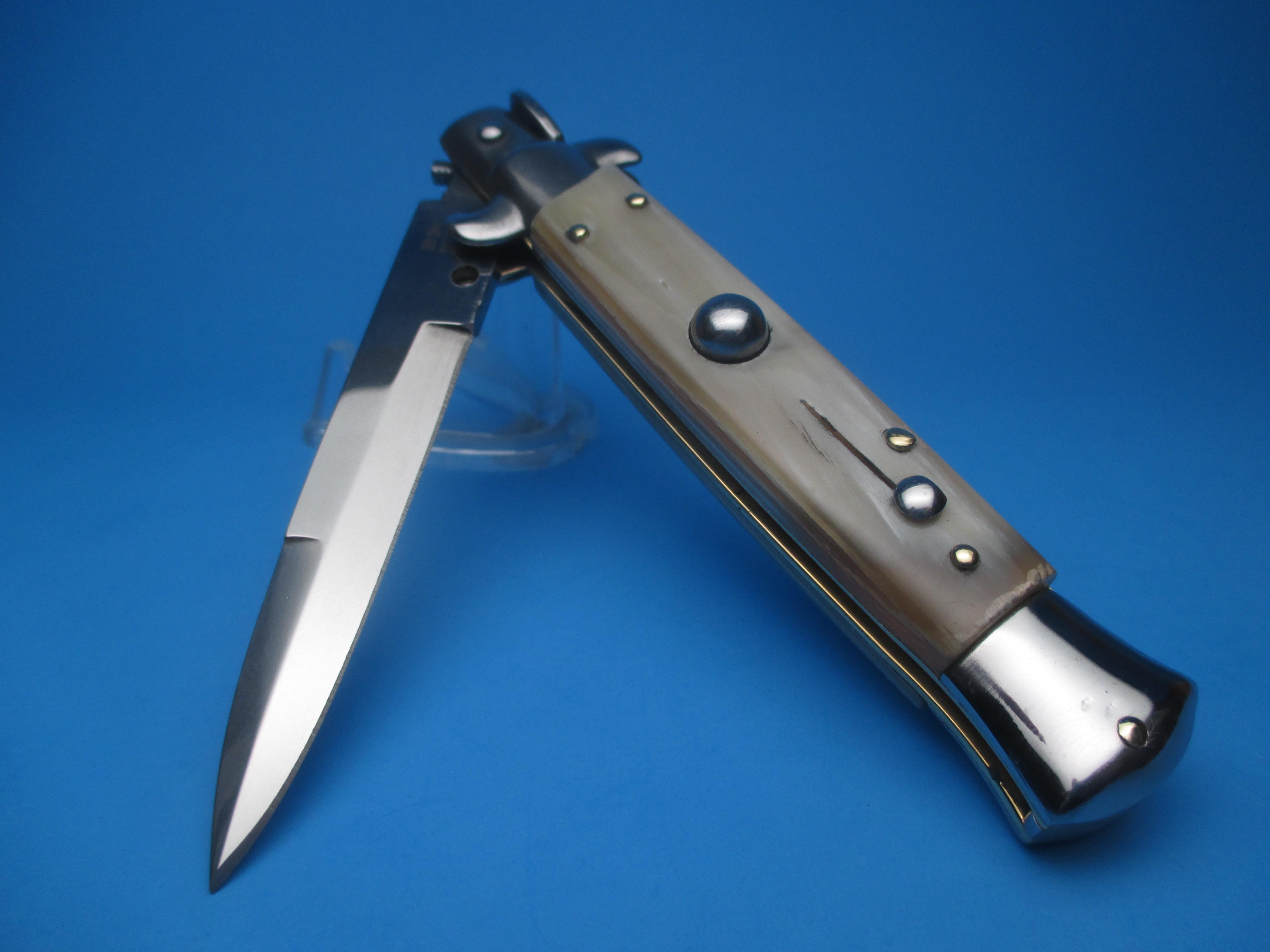 Frank Beltrame 8'' Blonde Horn Bayonet Switchblade