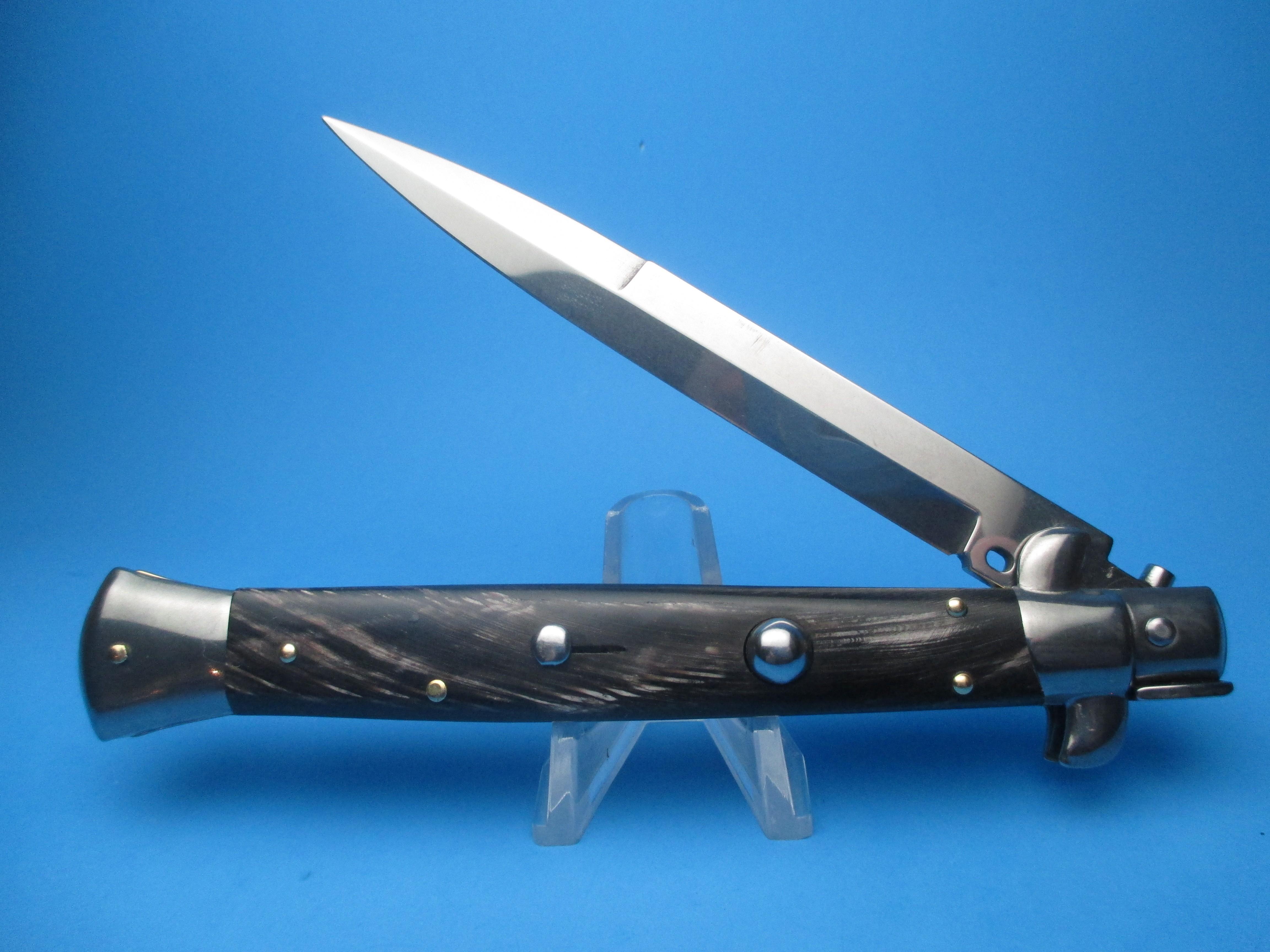 "Frank Beltrame 2.0 11"" Buffalo Horn Switchblade with Bayonet Blade"